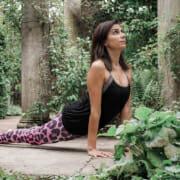 Leading yoga retreat in the Dordogne